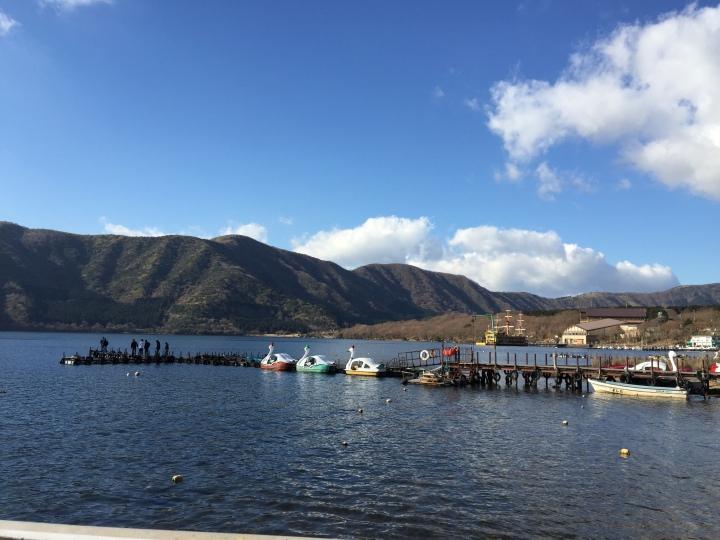 view from lake ashi (1)